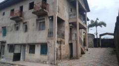 Grande Maison R+2 avec sous-sol sur 600m2,, Douala, Cameroon Real Estate
