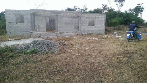 terrain avec maison a vendre a kye ossi