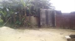 Terrain Construit Partiellement A Vendre, Bon Prix, D'une Superficie Totale De 663 M2, Situe A Yassa,, Douala, Cameroon Real Estate